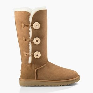UGG Bailey Button Triplet Tan Coloured boots